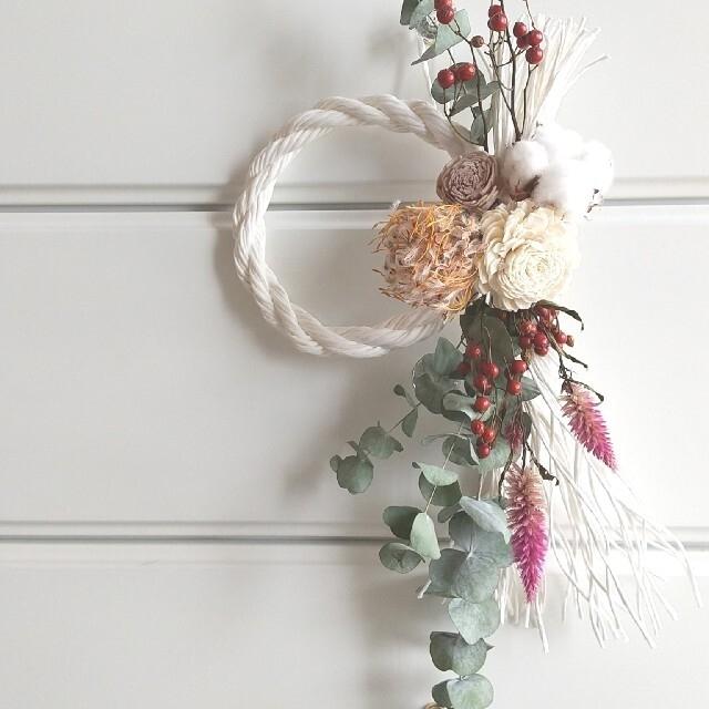 sold!!ドライフラワーしめ縄リース ホワイト ハンドメイドのフラワー/ガーデン(ドライフラワー)の商品写真