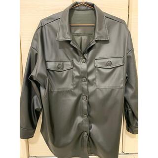 スズタン(suzutan)のsuzutan スズタン レザーライク シャツ ジャケット(テーラードジャケット)