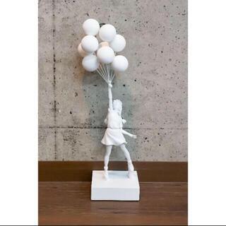 メディコムトイ(MEDICOM TOY)のBANKSY FLYING BALLOONS GIRL GESSO Ver(彫刻/オブジェ)