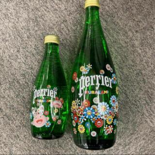 ネスレ(Nestle)のセット 限定 村上隆 × ペリエ perrier コラボ デコボトル(ミネラルウォーター)