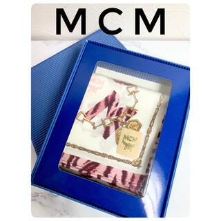 エムシーエム(MCM)の【新品未使用】MCM ハンカチ チェーン柄 ピンク オフホワイト(ハンカチ)