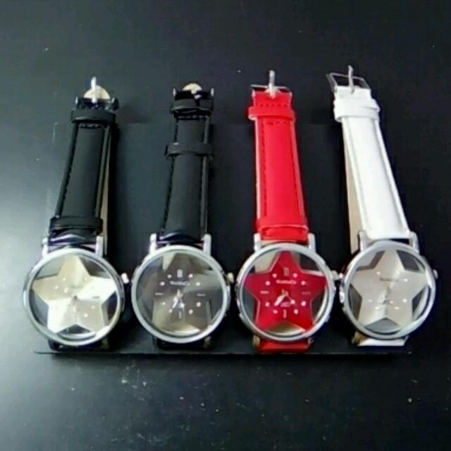 b932affcfa 【大人気 !】可愛い星形腕時計 レディースのファッション小物(腕時計)の