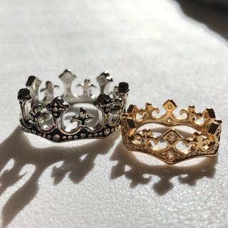クロイツ・ヴィンテージリング(指輪)クラウンのシルバーとゴールド/カラーセット(リング(指輪))
