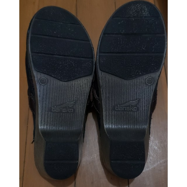 dansko(ダンスコ)の大変美品 DANSKO 37 黒 ヌバック サボ  レディースの靴/シューズ(その他)の商品写真