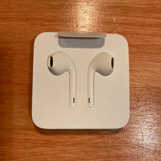 アップル(Apple)のiPhone純正イヤフォン(ヘッドフォン/イヤフォン)