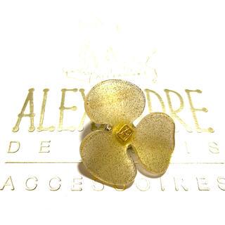 アレクサンドルドゥパリ(Alexandre de Paris)のアレクサンドルドゥパリ ブローチ ゴールドラメ(その他)