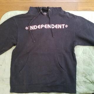 インディペンデント(INDEPENDENT)のインディペンデント 黒パーカー(パーカー)