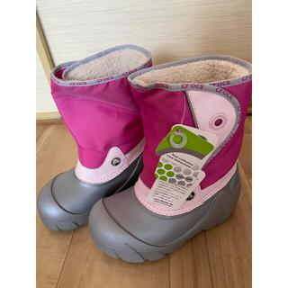 クロックス(crocs)のクロックスキッズ ボアブーツ J3/5 タグ付き新品(ブーツ)