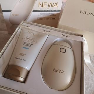 NEWAリフト 美品 保証あり シャンパンゴールド 美顔器(フェイスケア/美顔器)