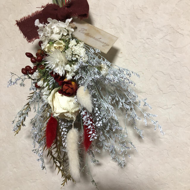 ♡専用No.239 red*white ドライフラワースワッグ♡ ハンドメイドのフラワー/ガーデン(ドライフラワー)の商品写真
