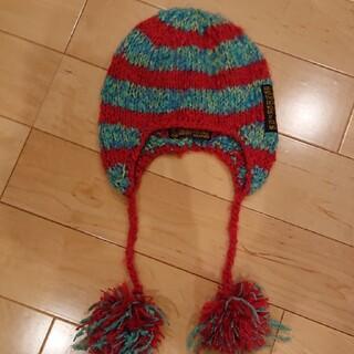 エフオーキッズ(F.O.KIDS)の赤とブルーのニット帽(帽子)