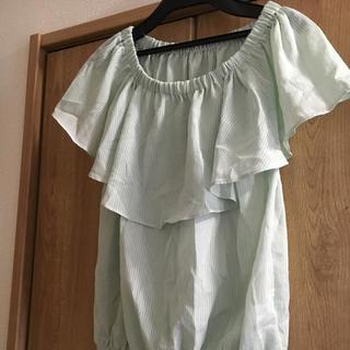 ジーユー(GU)の肩フリルブラウス(シャツ/ブラウス(半袖/袖なし))