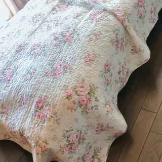 キルト ピンク花柄 ベッドスプレッド  マルチカバー ソファーカバー(シーツ/カバー)