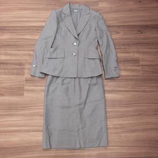ギンザマギー(銀座マギー)の銀座マギー ウール&シルク グレーストライプ セットアップ スーツ  サイズ40(スーツ)