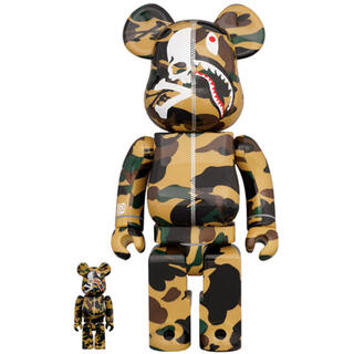 アベイシングエイプ(A BATHING APE)のMASTERMIND VS BAPE(R) BE@RBRICK100%&400%(その他)