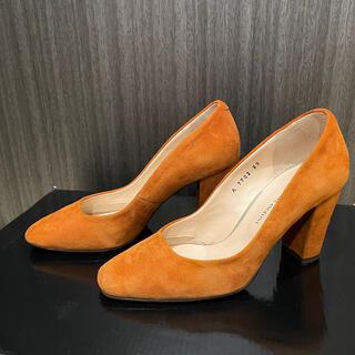 ビバアンジェリーナ(VIVA ANGELINA)のVIVA ANGELINA オレンジ スエード パンプス(ハイヒール/パンプス)