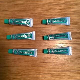 マービス(MARVIS)の【未使用品】MARVIS クラッシックストロング・ミント 10ml 6本セット(歯磨き粉)