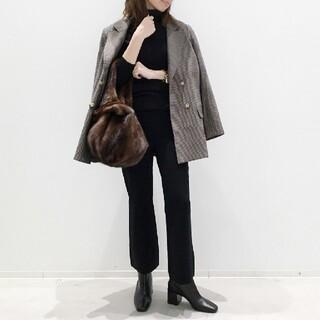 アパルトモンドゥーズィエムクラス(L'Appartement DEUXIEME CLASSE)のCropped Knit パンツ■ブラック■アパルトモン(クロップドパンツ)