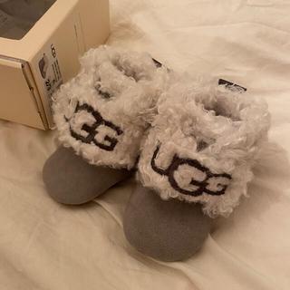 アグ(UGG)の新品未使用 UGG アグ ベビー キッズ ブーツ 靴 ファーストシューズ (フラットシューズ)