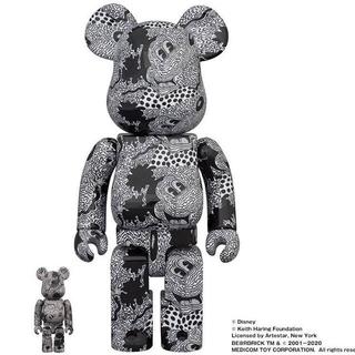ディズニー(Disney)の【ミッキーマウス展限定品】ミッキーマウス✖️キースヘリング be@rbrick(キャラクターグッズ)
