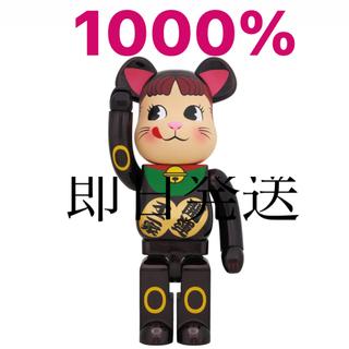 BE@RBRICK 招き猫 ペコちゃん 黒メッキ 1000%(その他)