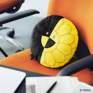 タカラジマシャ(宝島社)の【smart  2020年11月号付録】村上 隆×HIKARU お花クッションC(クッション)