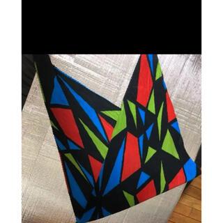 イッセイミヤケ(ISSEY MIYAKE)の未使用に近い⭐️イッセイミヤケ ストール スカーフ(バンダナ/スカーフ)