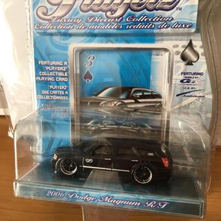 クライスラー(Chrysler)の2006年 ダッジ マグナム 1:64  MAISTO(ミニカー)