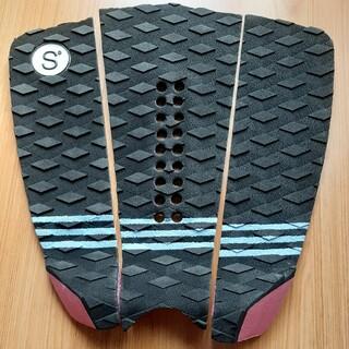 新品未使用 サーフィン用デッキパッド(サーフィン)