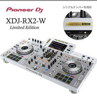 パイオニア(Pioneer)の専用保護カバー付★限定生産品! XDJ-RX2 ホワイトカラー(DJコントローラー)