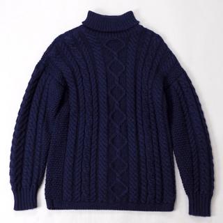 インバーアラン(INVERALLAN)のGUERNSEY WOOLLENS【タートルネック アラン セーター】(ニット/セーター)