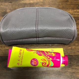 ターちゃん様専用♡韓国 ハンドクリームとポーチ ✨どちらも新品未使用✨(ハンドクリーム)
