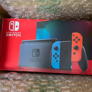 ニンテンドースイッチ(Nintendo Switch)の任天堂 Nintendo Switch ネオンブルー/ネオンレッド スイッチ(家庭用ゲーム機本体)