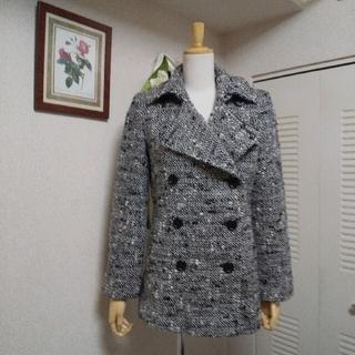 ニジュウサンク(23区)の美品 L 23区 ツィード 白黒 アンゴラ混合 ピーコート ジャケット(ピーコート)