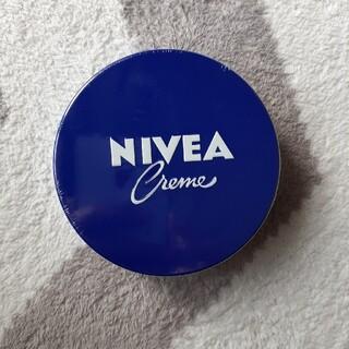 ニベア(ニベア)のニベア青缶(フェイスクリーム)