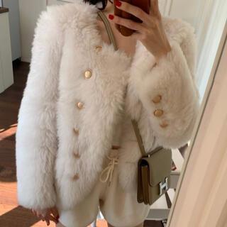 フェンディ(FENDI)の週末セール天然ウールジャケット ファージャケット 韓国ファッション(毛皮/ファーコート)