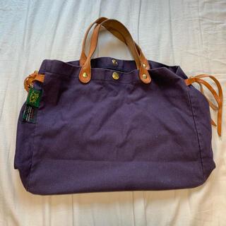 イルビゾンテ(IL BISONTE)のイルビゾンテのバッグ(ハンドバッグ)