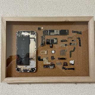 アイフォーン(iPhone)の飾り(金属工芸)