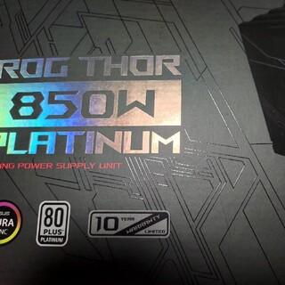 エイスース(ASUS)のASUS ROG THOR 850W PLATINUM  ATX 電源(PCパーツ)