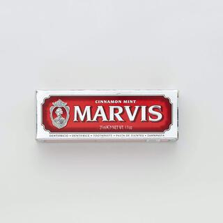 マービス(MARVIS)の【MARVIS (マービス)】歯磨き粉 シナモンミント 25ml(歯磨き粉)