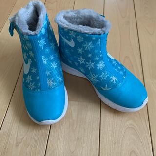 ナイキ(NIKE)のNIKE ハイカットブーツ 18.5センチ 雪の結晶 水色(ブーツ)