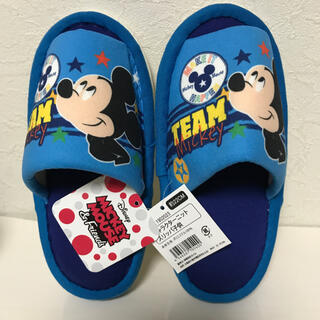 ディズニー(Disney)の新品 ミッキー スリッパ 22㎝ 送料込(スリッパ/ルームシューズ)