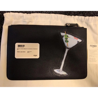 フェンディ(FENDI)のfendi クラッチバッグ 黒×白×マルチ レザー 正規品(クラッチバッグ)