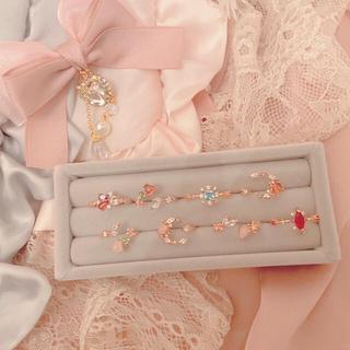 """エブリン(evelyn)の《雑誌掲載》vintage flower ring """"E""""(リング(指輪))"""