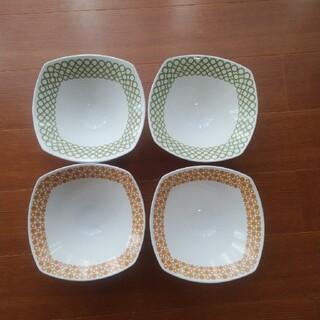 ニッコー(NIKKO)のNIKKO 深皿 4つセット(食器)