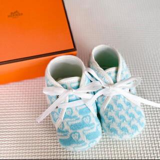 エルメス(Hermes)の【美品】エルメス ベビーシューズ ブルー ソックス シューズ 靴 赤ちゃん(その他)