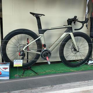キャノンデール システムシックスHI-MOD スラムレッドetap axs 51(自転車本体)