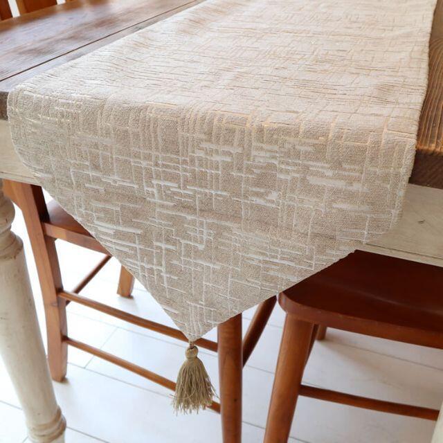 テーブルランナー タッセル付き(180×33cm, ライトベージュ) インテリア/住まい/日用品の机/テーブル(ローテーブル)の商品写真