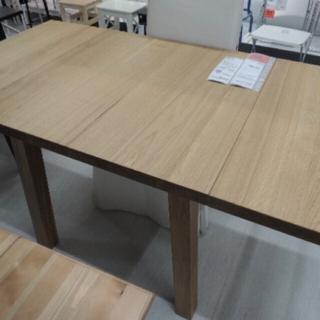 イケア(IKEA)の格安‼️お洒落で高級なIKEA MOCKELBYダイニングテーブル美品‼️(ダイニングテーブル)