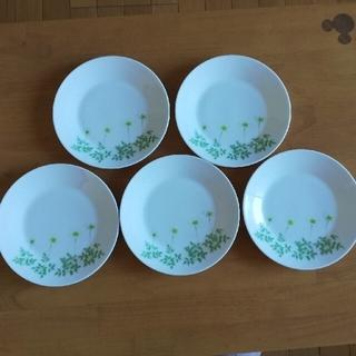 ニッコー(NIKKO)のケーキ皿(白いお花)5枚組(食器)